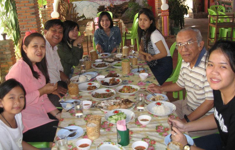 Christmas lunch with Fung's family