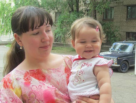 Ukraine refugees - Yanna & her daughter Veronika
