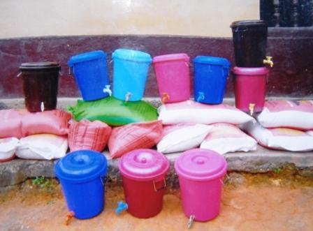 Food supplies for Ebola affected families