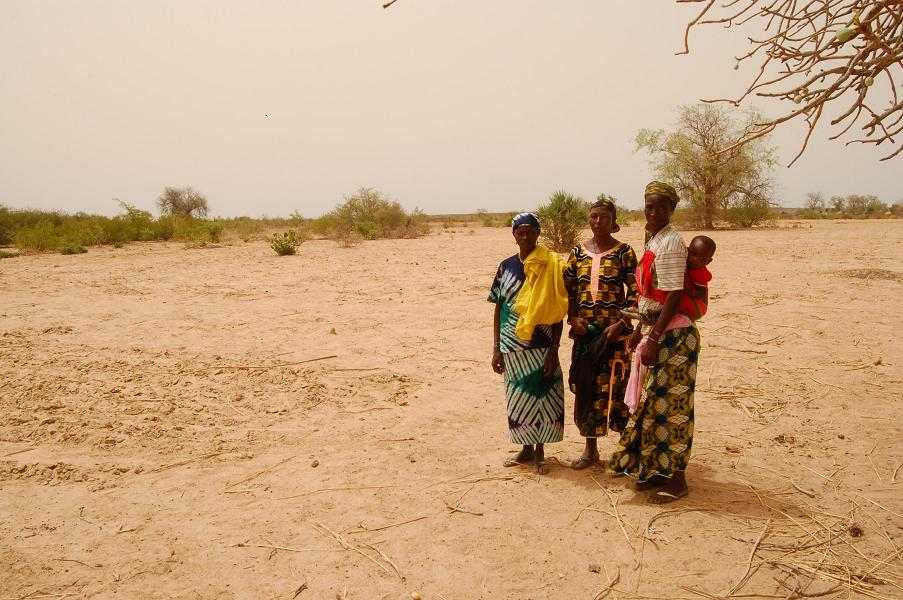 The lack of rain in Niger is causing food security problems for children and their families.