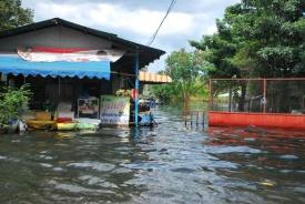 ERDO emergency response to flooding in Thailand